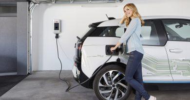 ABB lança sua solução mais econômica de recarga para veículos elétricos